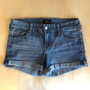 Blue Jean Shorts 🦋